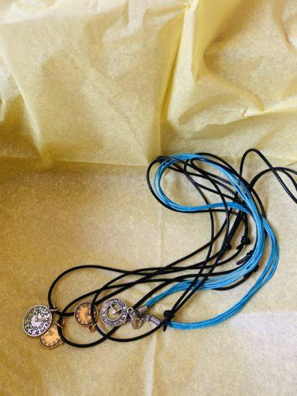 Halskette Buchbox
